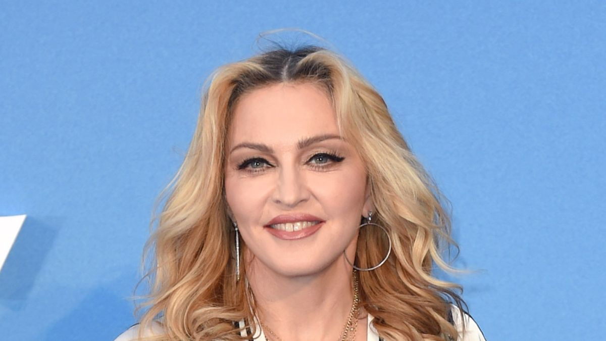 Madonna buys $19 million mansion off fellow A-list singer