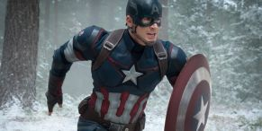 No Big Deal, Just Chris Evans Showing He's Still Captain America Fit While Poolside