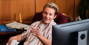 How Saved By The Bell's Mac Morris Actor Feels About Those 'Zack Or Jeff?' Paternity Theories