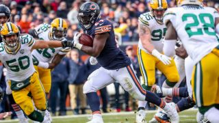 How to watch Packers vs Bears: live stream NFL tonight from