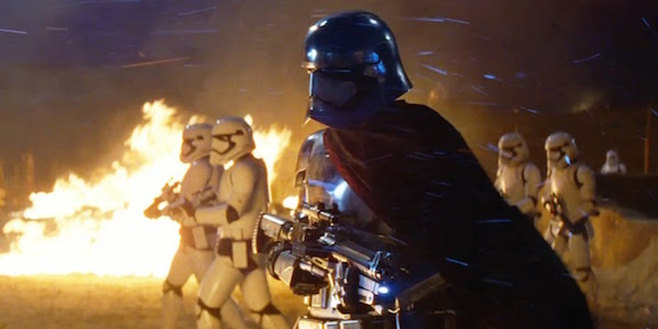 Star Wars the force awakens Captain Phasma with troopers