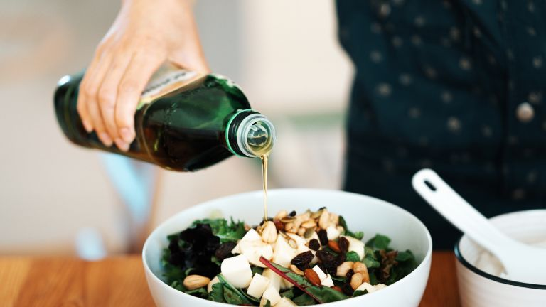 Olive oil is an anti-aging solution