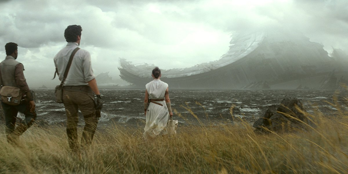 Star Wars: The Rise of Skywalker Finn Poe Rey looking at decaying Death Star