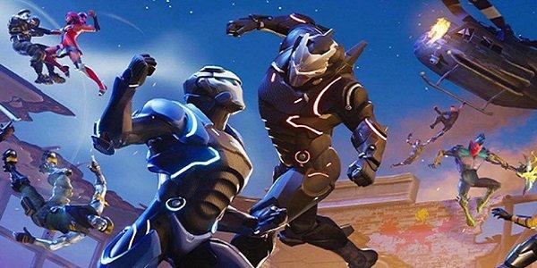 Avatars brawl in Fortnite.