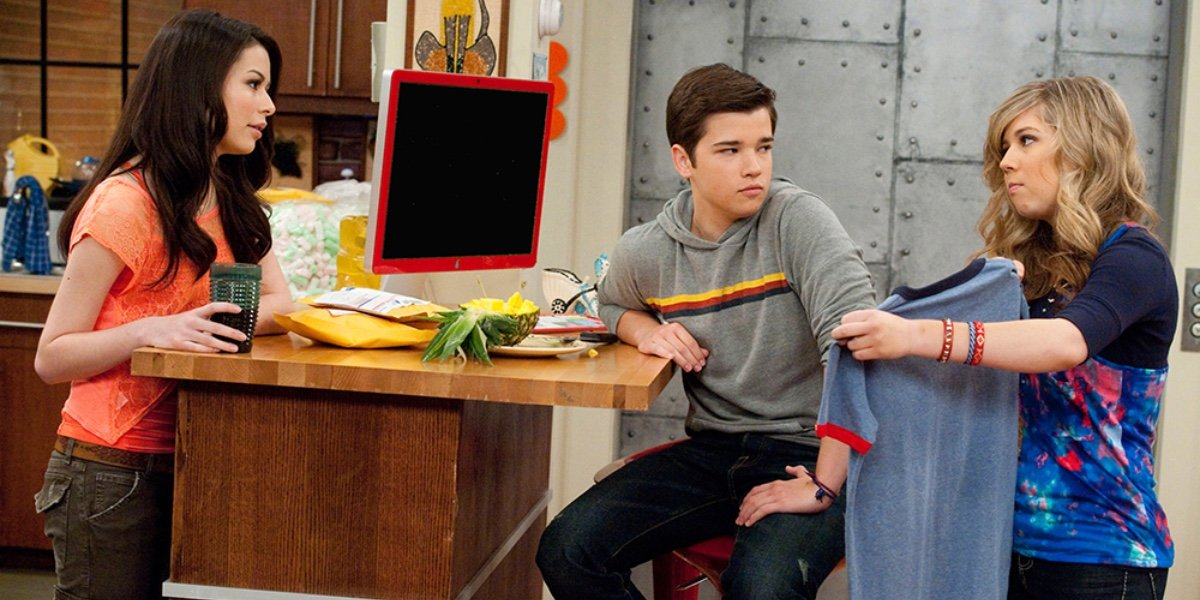 Miranda Cosgrove, Nathan Kress and Jennette McCurdy in iCarly.