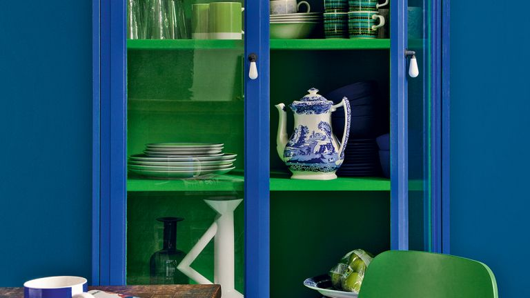 Storage cabinet in blue and green