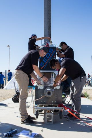 UCSD students at Mojave Test Facility