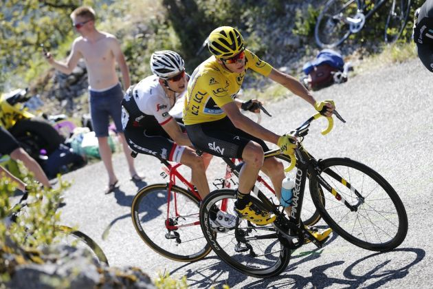 17 July 2016 103rd Tour de France Stage 15 : Bourg-en-Bresse - Culoz FROOME Christopher (GBR) Sky, Maillot Jaune, at Lacets du Grand Colombier Photo : Yuzuru SUNADA