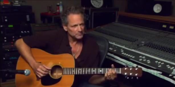 Lindsey Buckingham Teaches Fleetwood Mac's 'Landslide'—Video