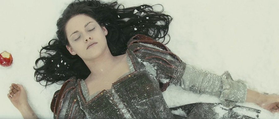 35 High-Res Screenshots From The Snow White And The Huntsman Trailer #5204