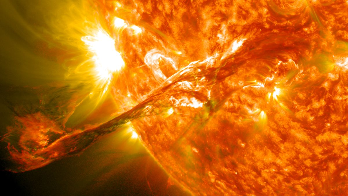 An 'Internet apocalypse' could ride to Earth with the next solar storm, new research warns