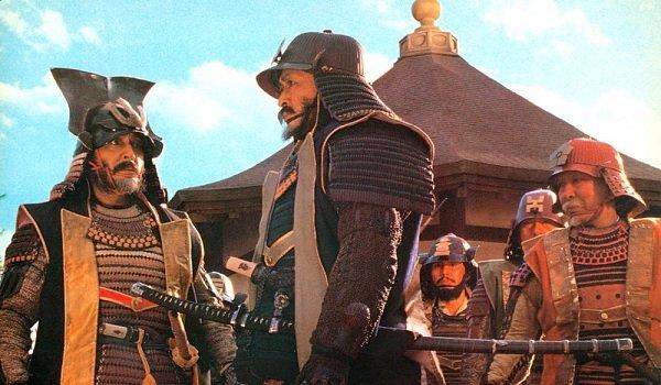 Kagemusha samurai discussion outside