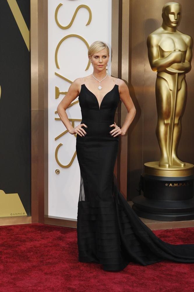 Oscar's 2014 Red Carpet Photos And Live Blog #7949