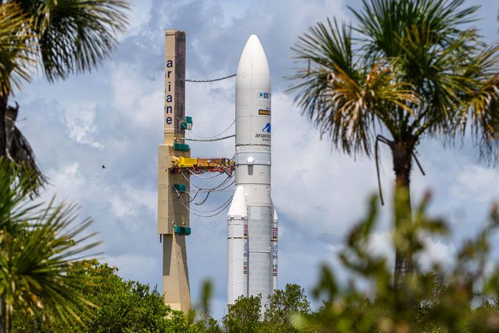 A European rocket will launch a space tug and 2 satellites today. Here's how to watch live.