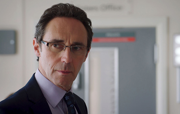 holby hanssen torn between Gaskell and Roxanna