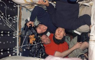 Shuttle Crew Prepares to Leave Space Station