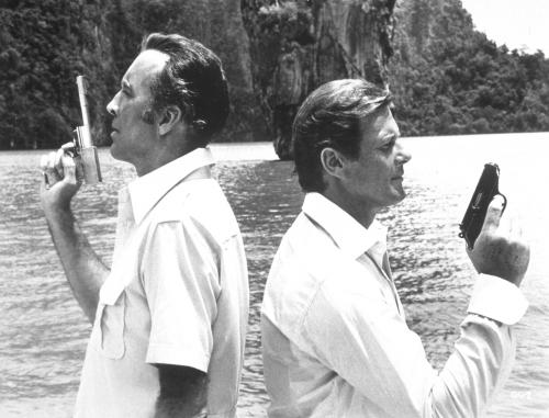The Man with the Golden Gun - Christopher Lee's assassin Scaramanga squares up to Roger Moore's James Bond in Ian Fleming's 007 adventure