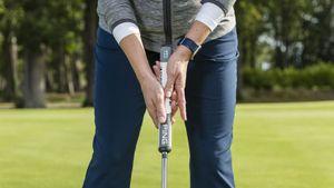 Reverse Overlap Putting Grip Explained
