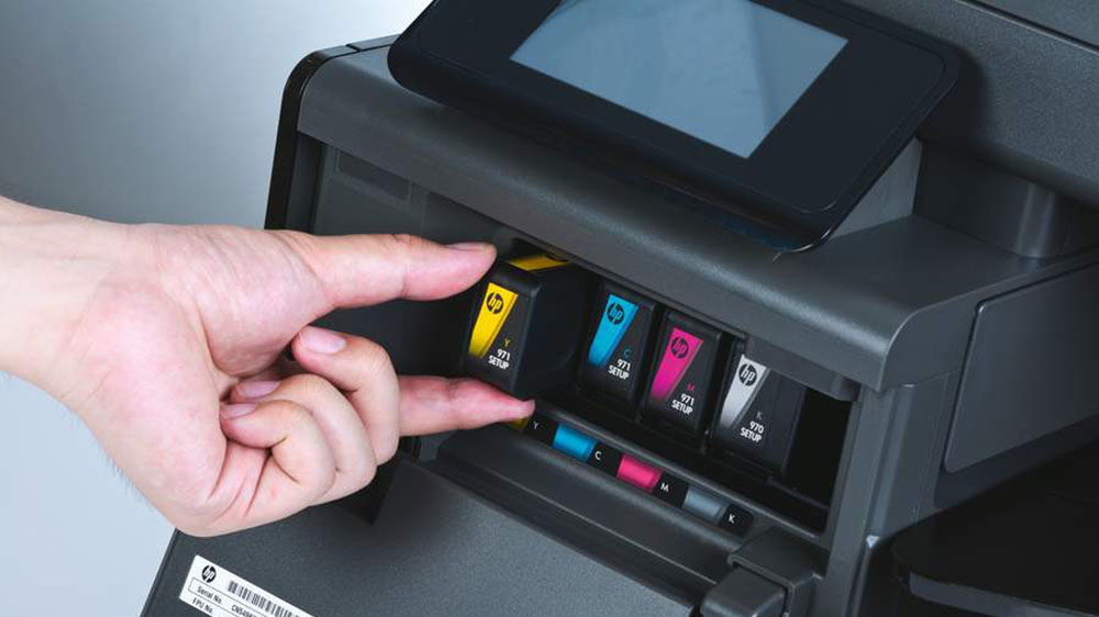 my hp printer says install black cartridge