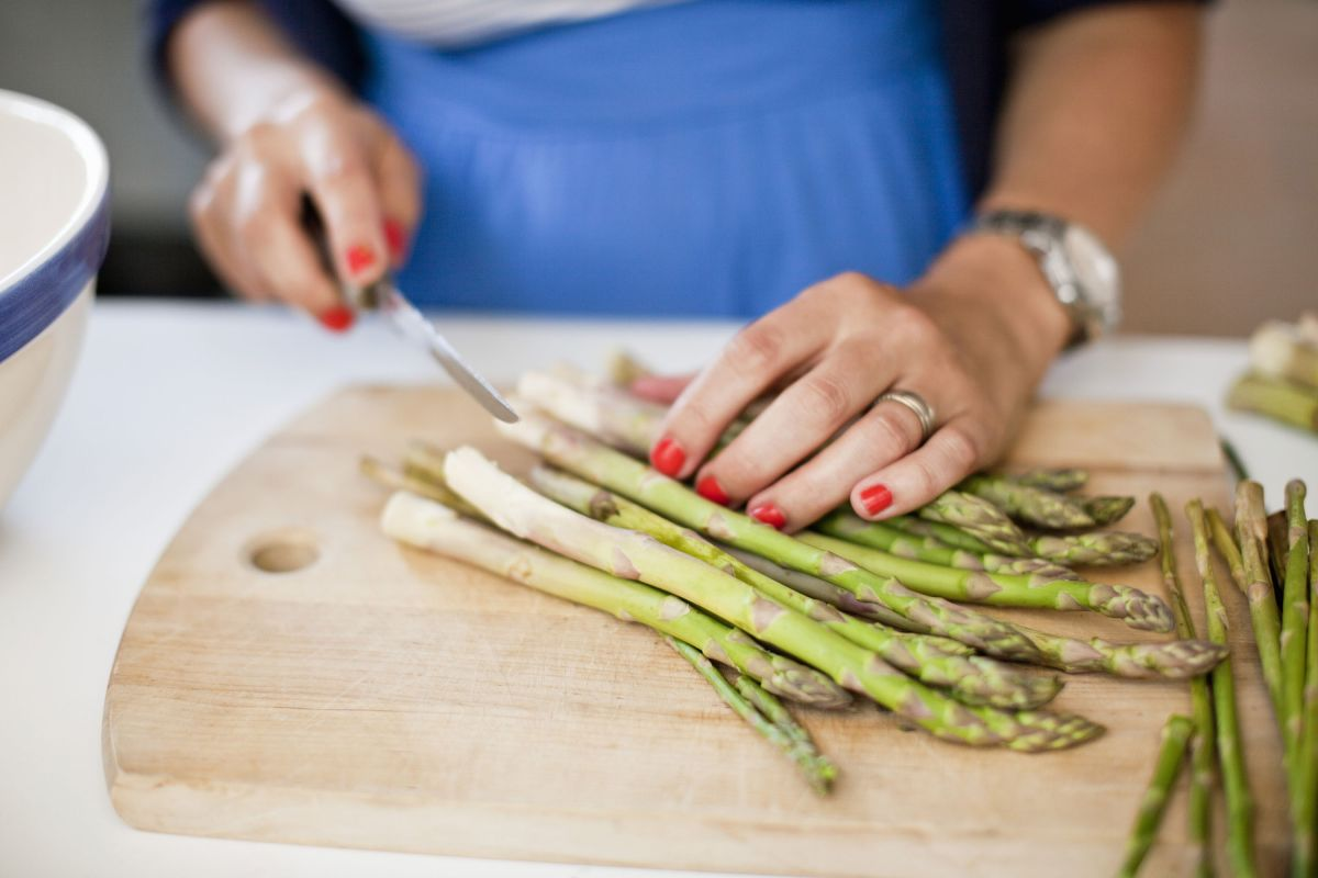 How to cook asparagus – 3 delicious and failsafe ways