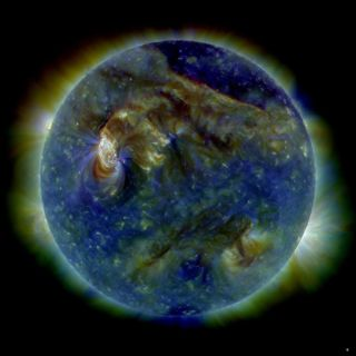 Solar Tsunami Revealed in New Photo