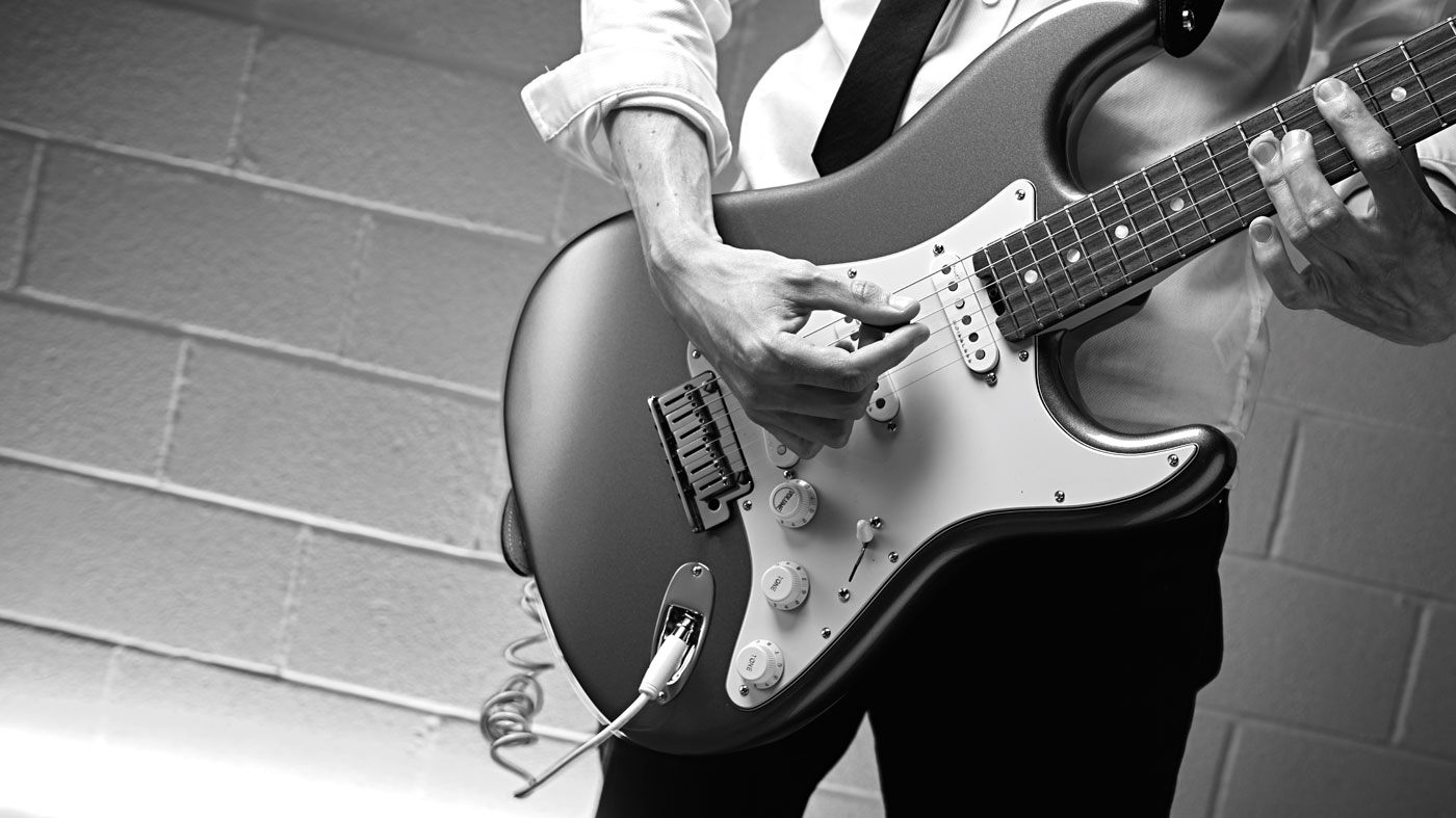 Master Motown and Stax rhythm grooves in 20 minutes with this easy guitar lesson