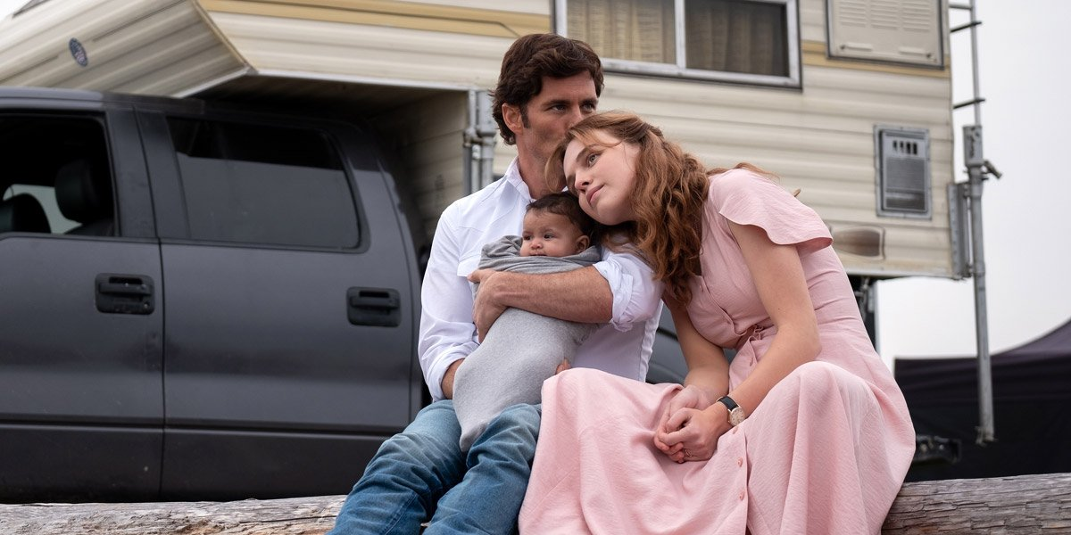 Odessa Young as Fran Goldsmith and James Marsden as Stu Redman in The Stand
