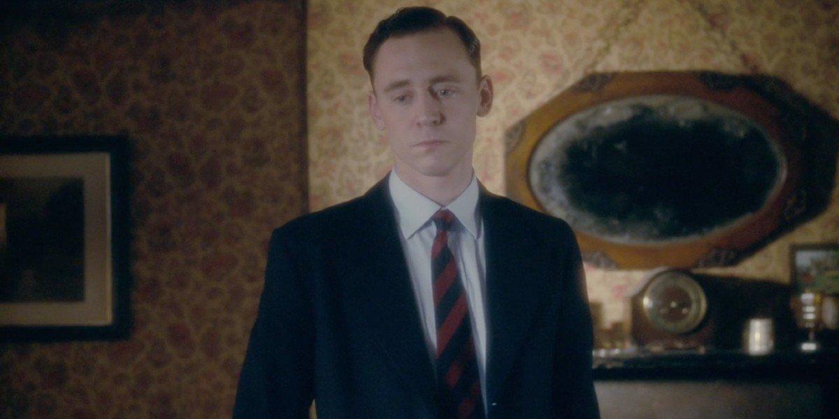 Tom Hiddleston in Deep Blue Sea