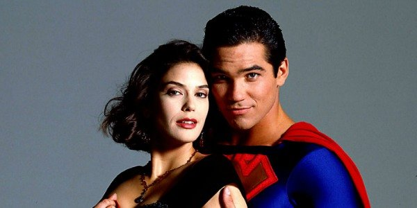 Teri Hatcher as Lois Lane and Dean Cain as Superman
