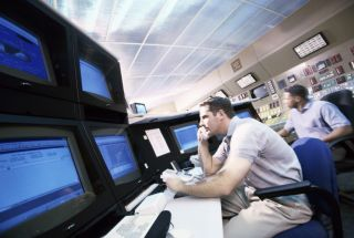 Easily and Quickly Share Secure Content from a Central Control Center to Satellite Crisis Rooms