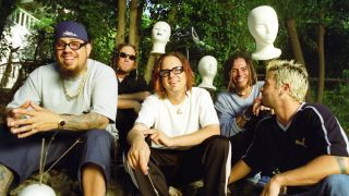 SEPTEMBER 1998: American nu metal rock band Korn