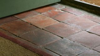 Floor Insulation How To Insulate Floors In Old Homes