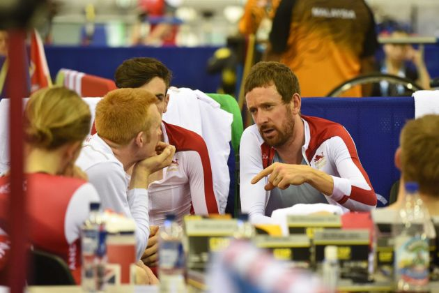 Bradley Wiggins talks to Ed Clancy, Commonwealth Games 2014, track day one, afternoon