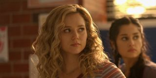 stargirl season 2 premiere courtney whitmore