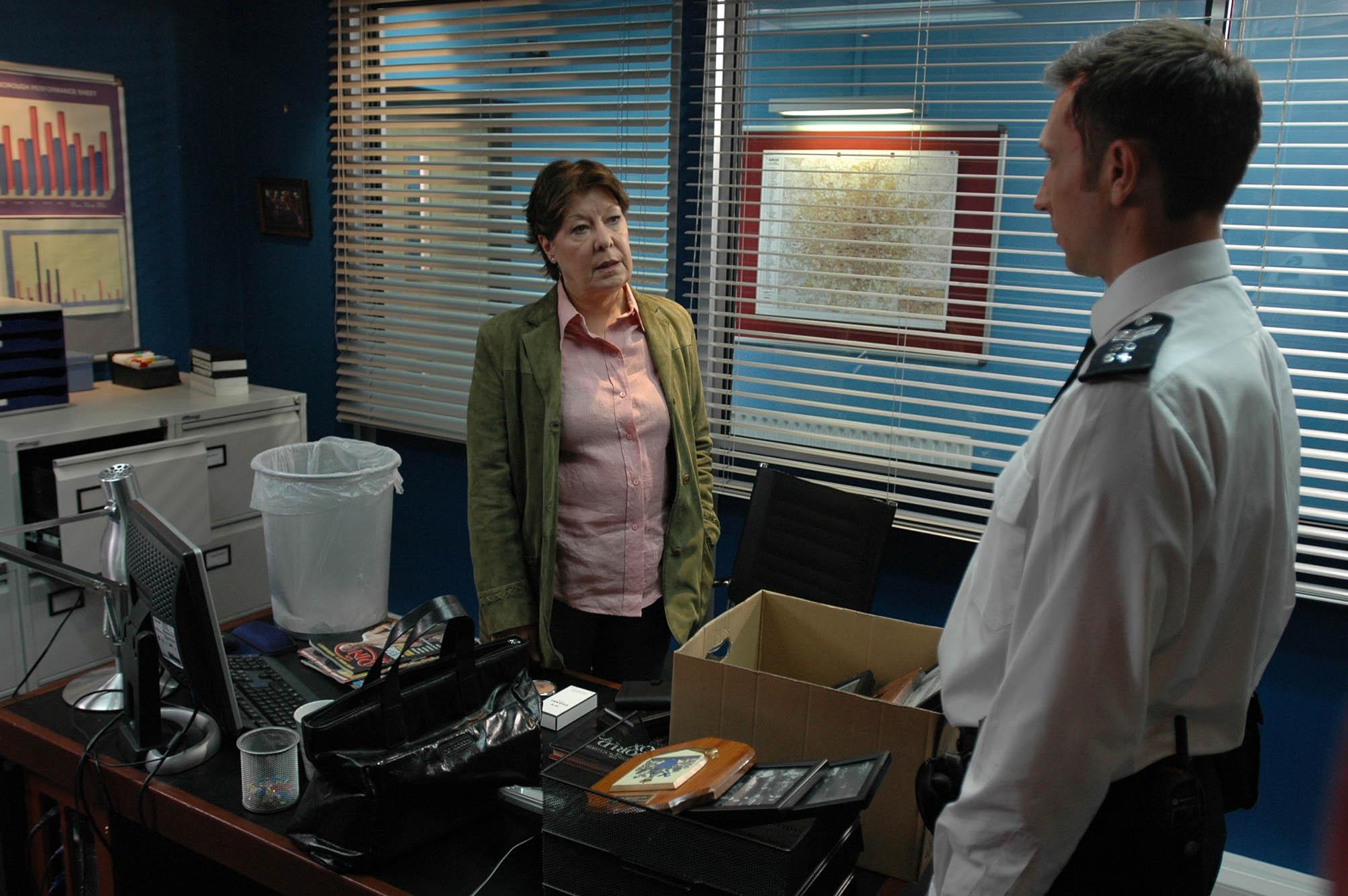 Gina leaves Sun Hill