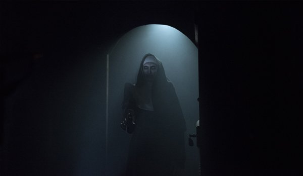 The Nun Ending How The Film Connects To The Conjuring Universe