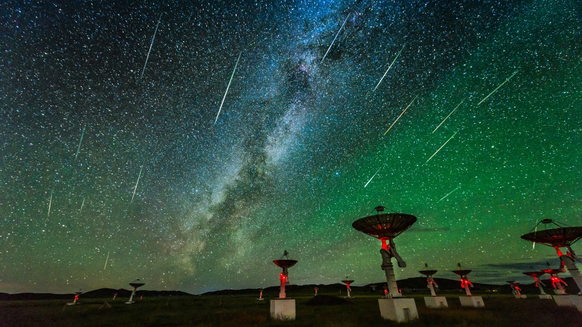 How to photograph the spectacular Perseid meteor shower in August 2021