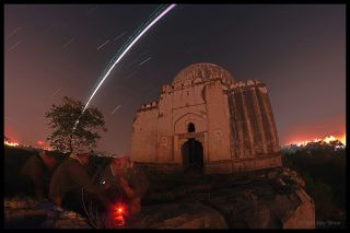 Planes and Stars over Tomb