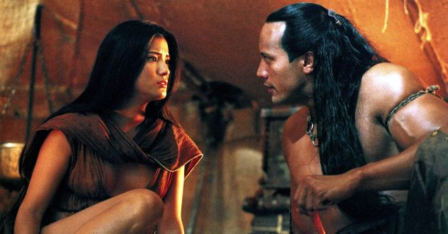 The Scorpion King(Left-Right) Kelly Hu and The Rock©ÊUniversal Studios