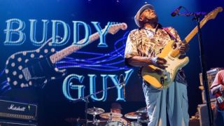Buddy Guy performs on stage with Frampton's Guitar Circus at Harrah's Resort Southern California on August 30, 2014 in Valley Center, California.