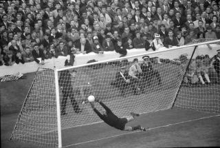Lev Yashi, Russia Euro legends