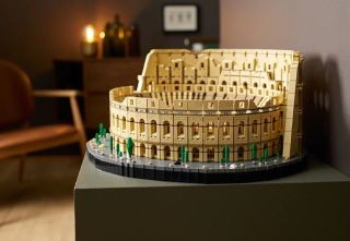 Lego Colosseum Deal