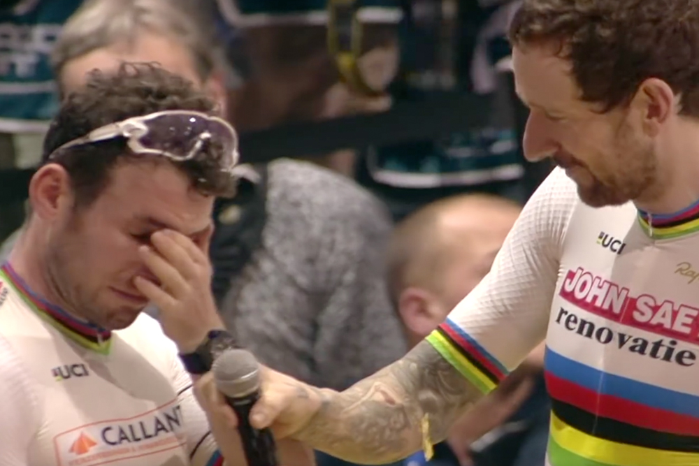 Sir Bradley Wiggins's and Mark Cavendish's emotional winning speeches at Ghent (video)