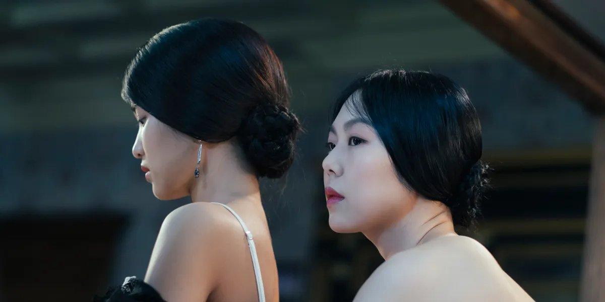 Min-hee Kim and Tae-ri Kim in The Handmaiden