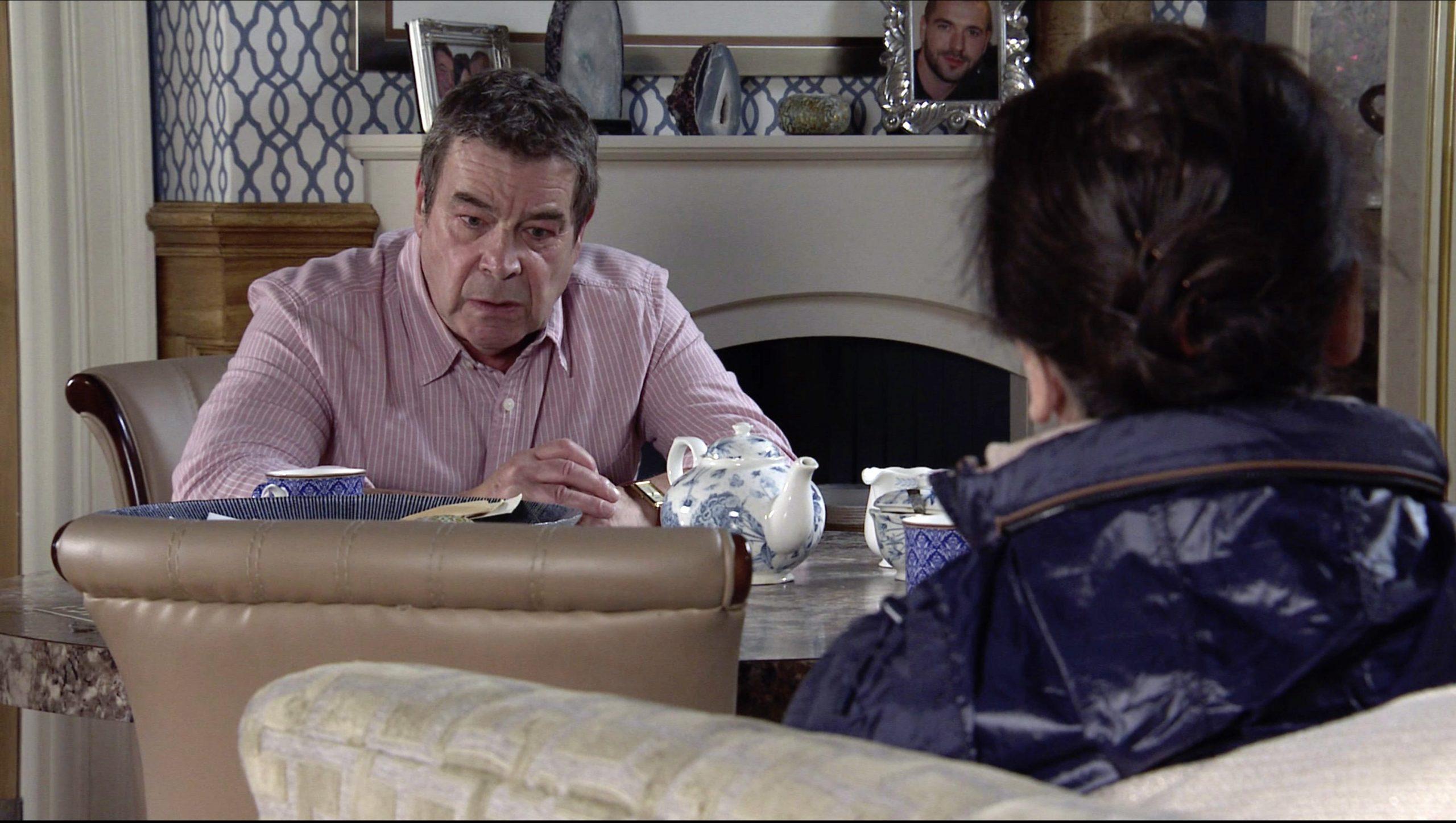 Spoilers de Coronation Street: Johnny Connor colapsa y confiesa