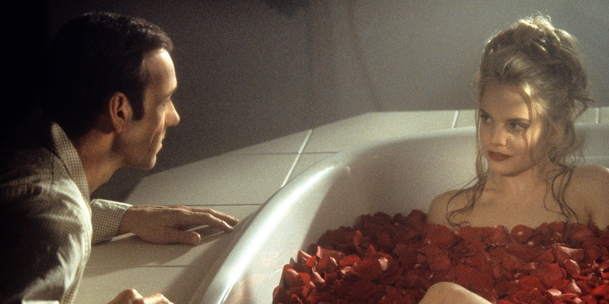 Mena Suvari and Kevin Spacey in American Beauty
