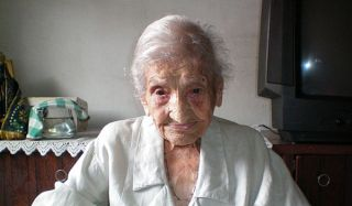 Maria Gomes Valentim is the oldest living person at 114 years, 313 days old.