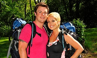 who is paris hilton dating now
