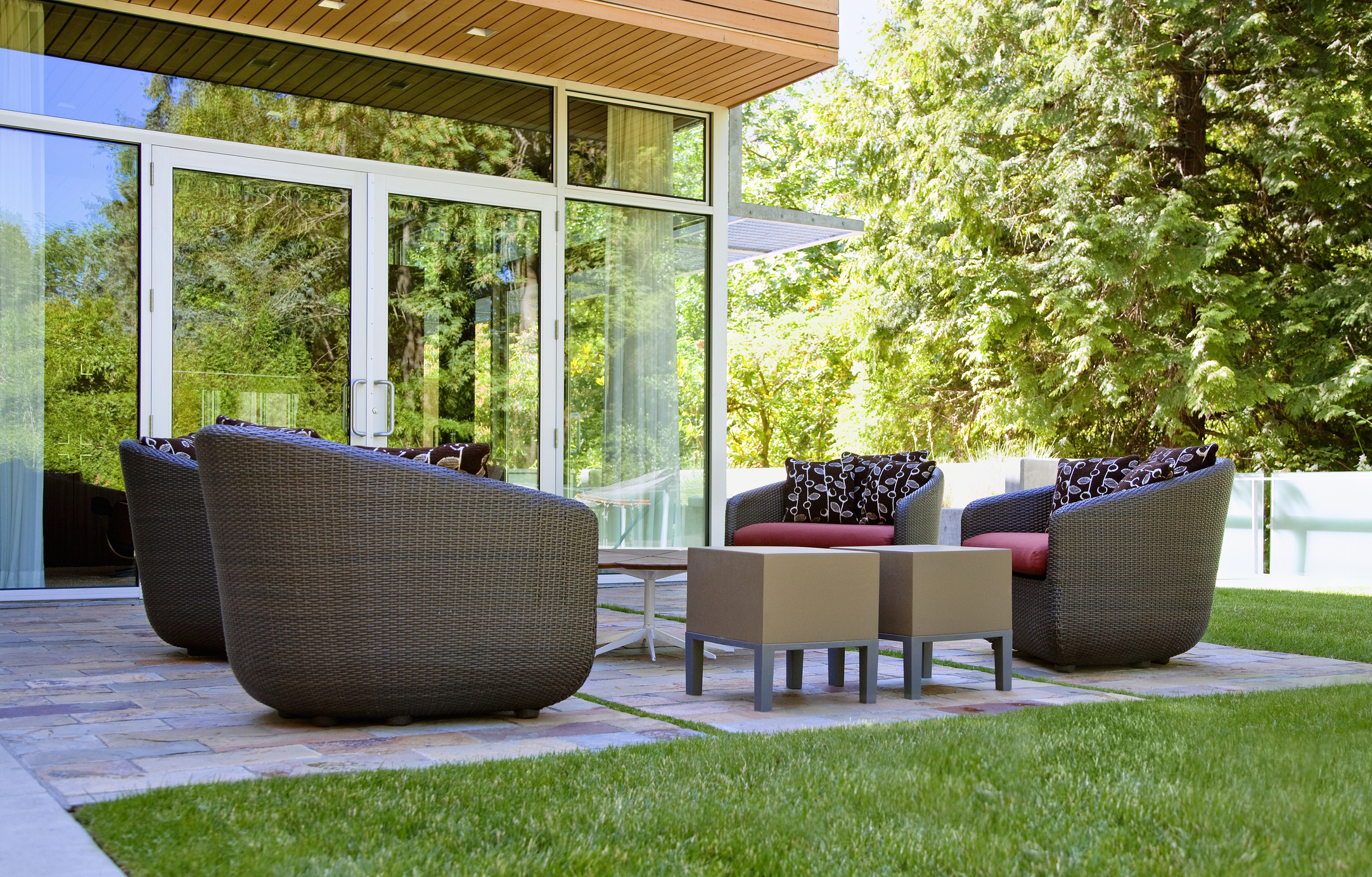 Memorial Day Furniture Sales Great Deals On Patio Sets Home Furniture At Home Depot Wayfair And More T3