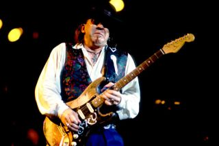 August 27, 1990: The Day Stevie Ray Vaughan Died | Guitarworld